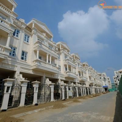 BÁN NHÀ PHỐ CITYLAND PARK HILLS, BÀN GIAO THÔ